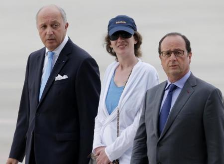 ISABELLE PRIME DE RETOUR EN FRANCE