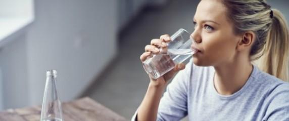Boire de l'eau | santemagazine.fr