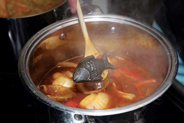 Le Lucky Iron Fish