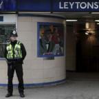 """UN ACTE """"TERRORISTE"""" FAIT TROIS BLESSÉS DANS LE MÉTRO LONDONIEN"""