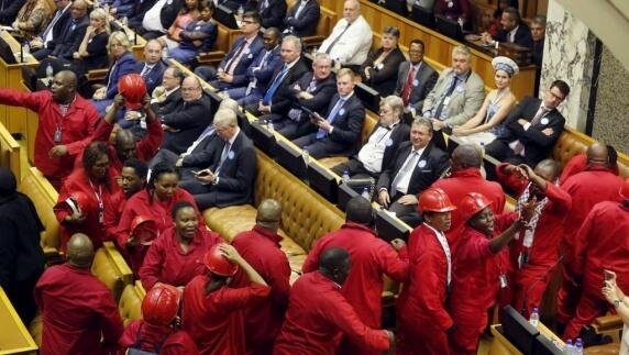 Les membres du parti EFF de Julius Malema