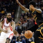 Cleveland surpris par Houston, Batum voit triple