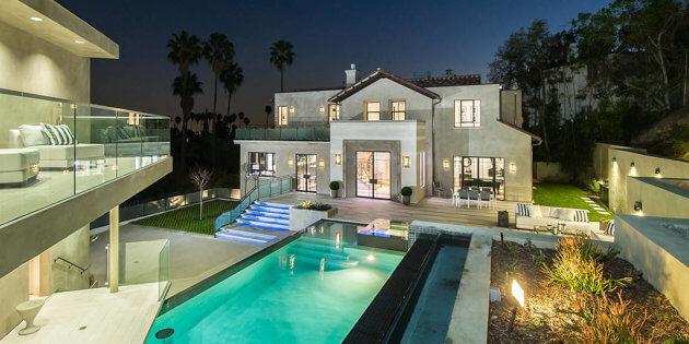 La maison de Rihanna / E News