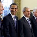 (L-R) George H.W. Bush, President-elect Barack Obama, George W. Bush, Bill Clinton et Jimmy Carter