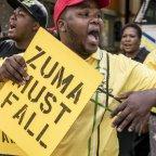 Des membres de l'ANC